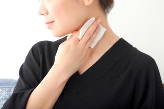 ストレスで傷つくまえに。荒れない肌をつくる化粧水